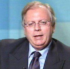 """Gigi Moncalvo: """"La banda degli onesti è in difficoltà"""""""