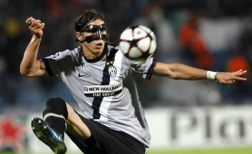 Centrale Juventus: si sceglie tra Alex, Caceres e Bocchetti