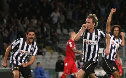 La Juve in apprensione: Krasic rischia un mese di stop