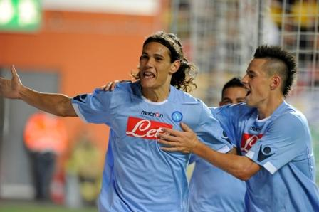 Calciomercato Juventus, per l'attacco testa a testa Van Persie – Cavani