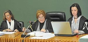 Processo di Napoli: 8 novembre a sentenza, ma Capuano può farla slittare