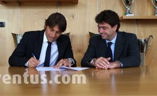 """Antonio Conte ha firmato un biennale con la Juventus. """"Sognavo di tornare da quando ho iniziato ad allenare"""""""