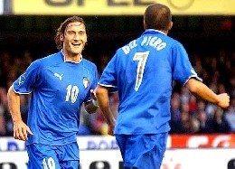 Prandelli dà la formazione anti – Irlanda e apre a Totti e Del Piero