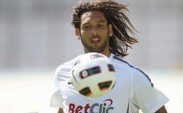 Amauri al Genoa al posto di Alberto Gilardino: non è troppo tardi…