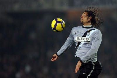 Mercato Juventus: Amauri vicinissimo alla Fiorentina, i bianconeri pagheranno metà ingaggio