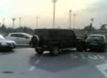 Borriello tampona auto tifoso, il video