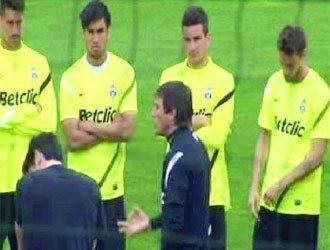"""Conte carica la Juventus """"Vogliono lo scudetto? Devono sputare sangue"""" – il video"""