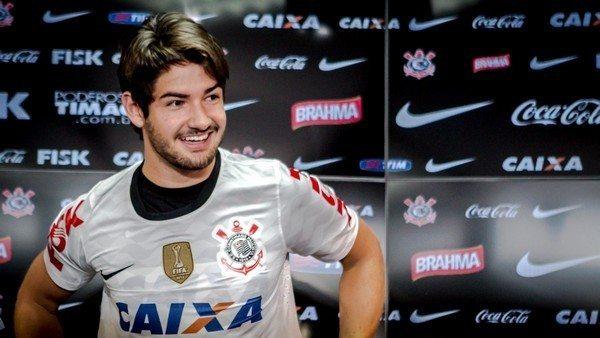 Alexandre-Pato-Corinthians