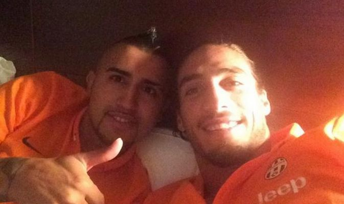 Vidal-selfie-juventus-2014