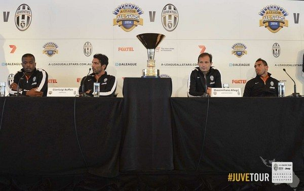 JuveTour 2014 (Sydney): conferenza stampa Allegri, Tevez, Buffon ed Evra [Video]