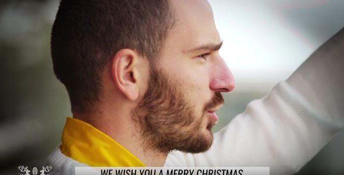 Auguri Di Natale Juventus.Video Gli Auguri Di Natale Della Juventus Dalla Curva Jmania It