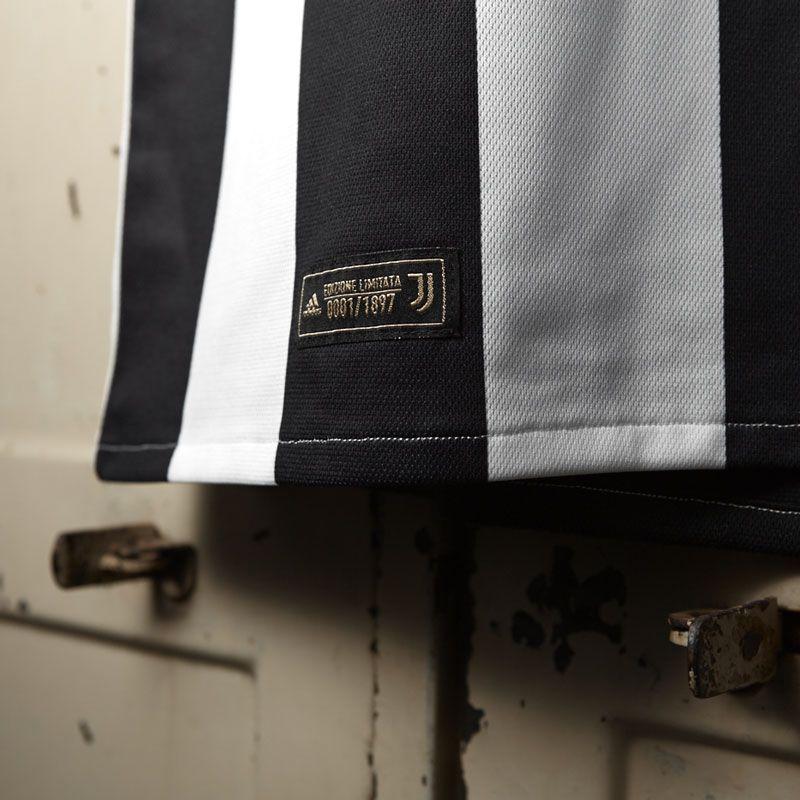 maglia juventus 120 anni dettaglio