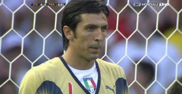 Buffon record nazionale italiana