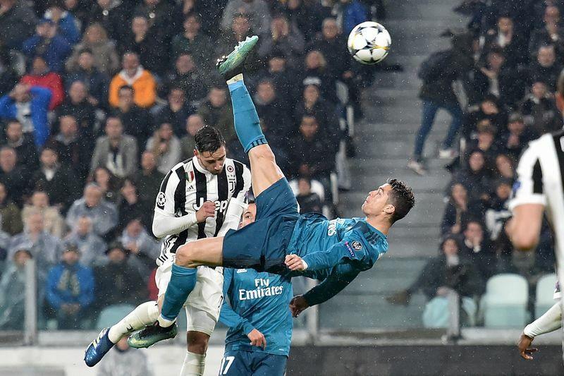 Ronaldo rovesciata gol anno uefa 2018