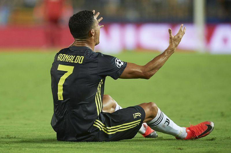 Ronaldo espulso squalifica