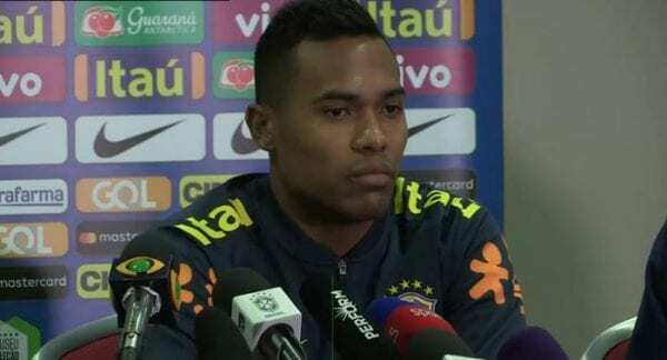 alex sandro premier league