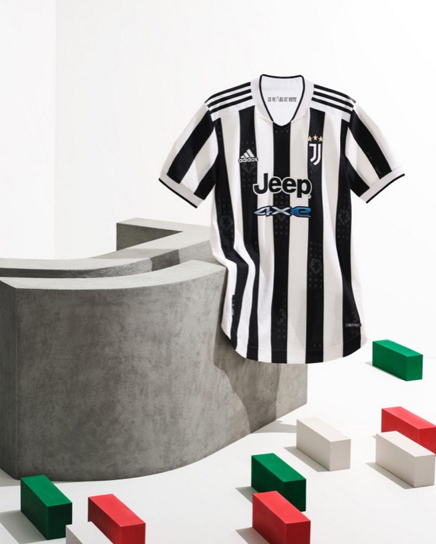 maglia juventus 2021-2022 fronte